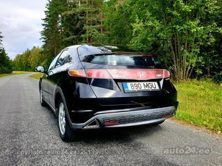 Honda Civic 1.8 103kW