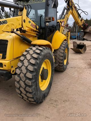 New Holland B115-4PS 82kW