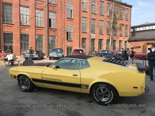 Ford Mustang Fastback Mach 1 5.0 V8