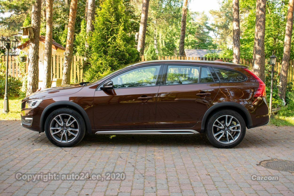 Volvo V60 Cross Country AWD Summum Intelli Safe Winter 2.4 D4 140kW