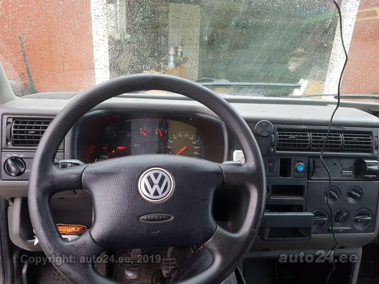 Volkswagen Transporter COMBI LONG 2.5 75kW