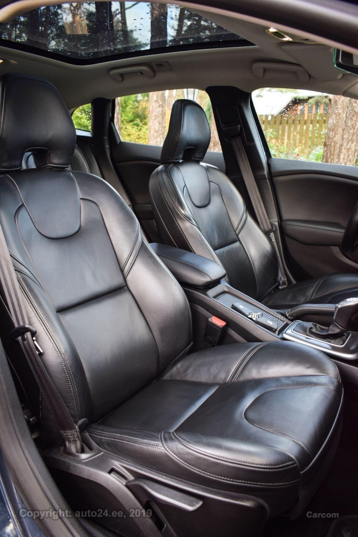 Volvo V40 SUMMUM 2.0 D4 130kW