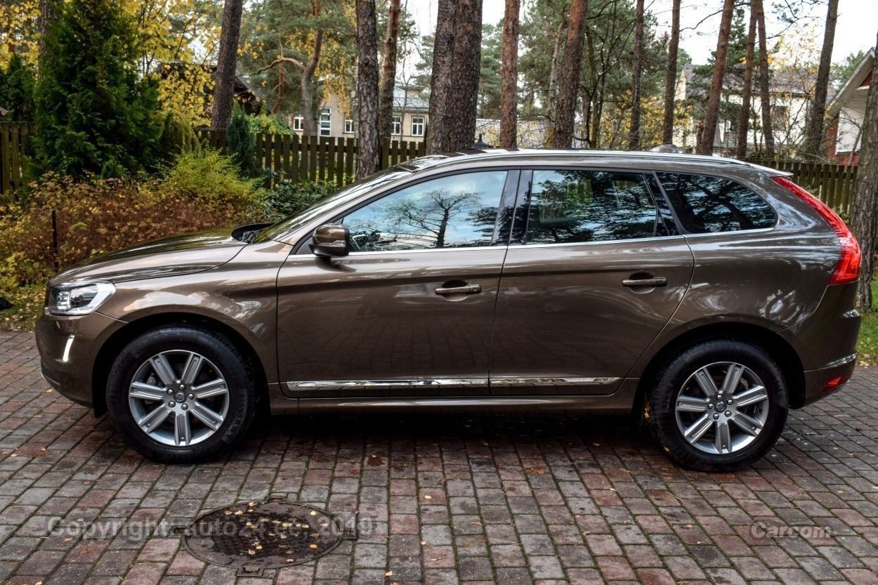 Volvo XC60 SUMMUM INTELLI SAFE PRO WINTER FAMILY MY 17 2.4 D5 AWD 162kW