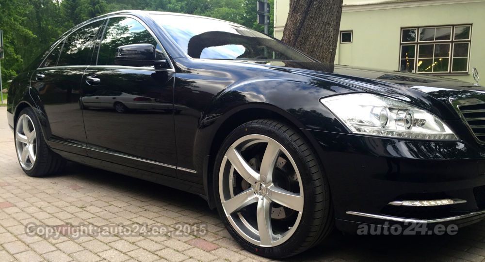 Mercedes-Benz S 350 3.0 BLUETEC 190kW