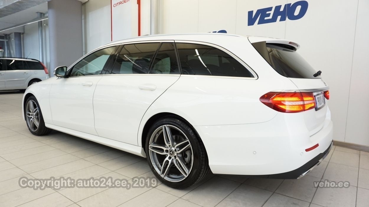 Mercedes-Benz E 220 d AMG 4Matic 2.0 143kW