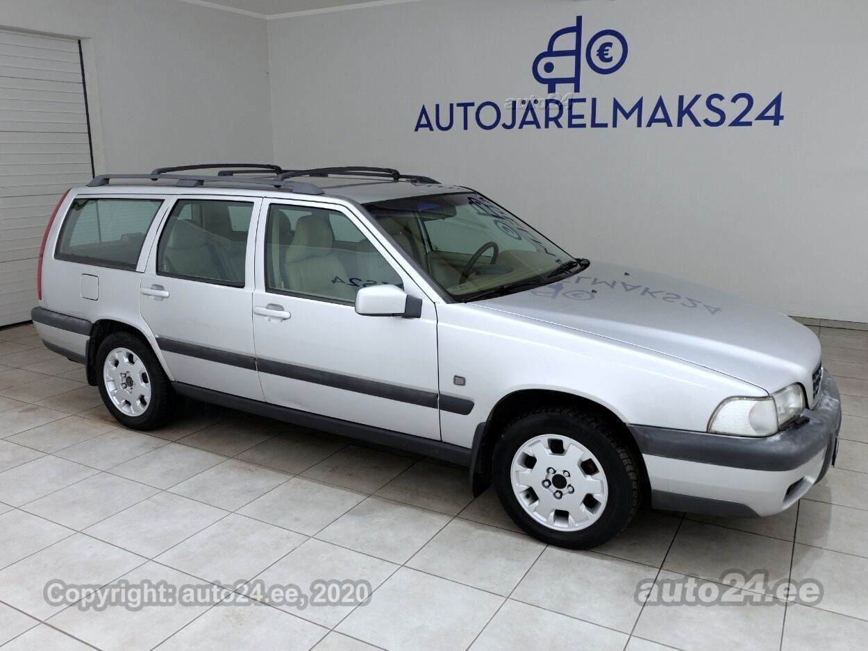 Volvo XC70 Summum - Photo