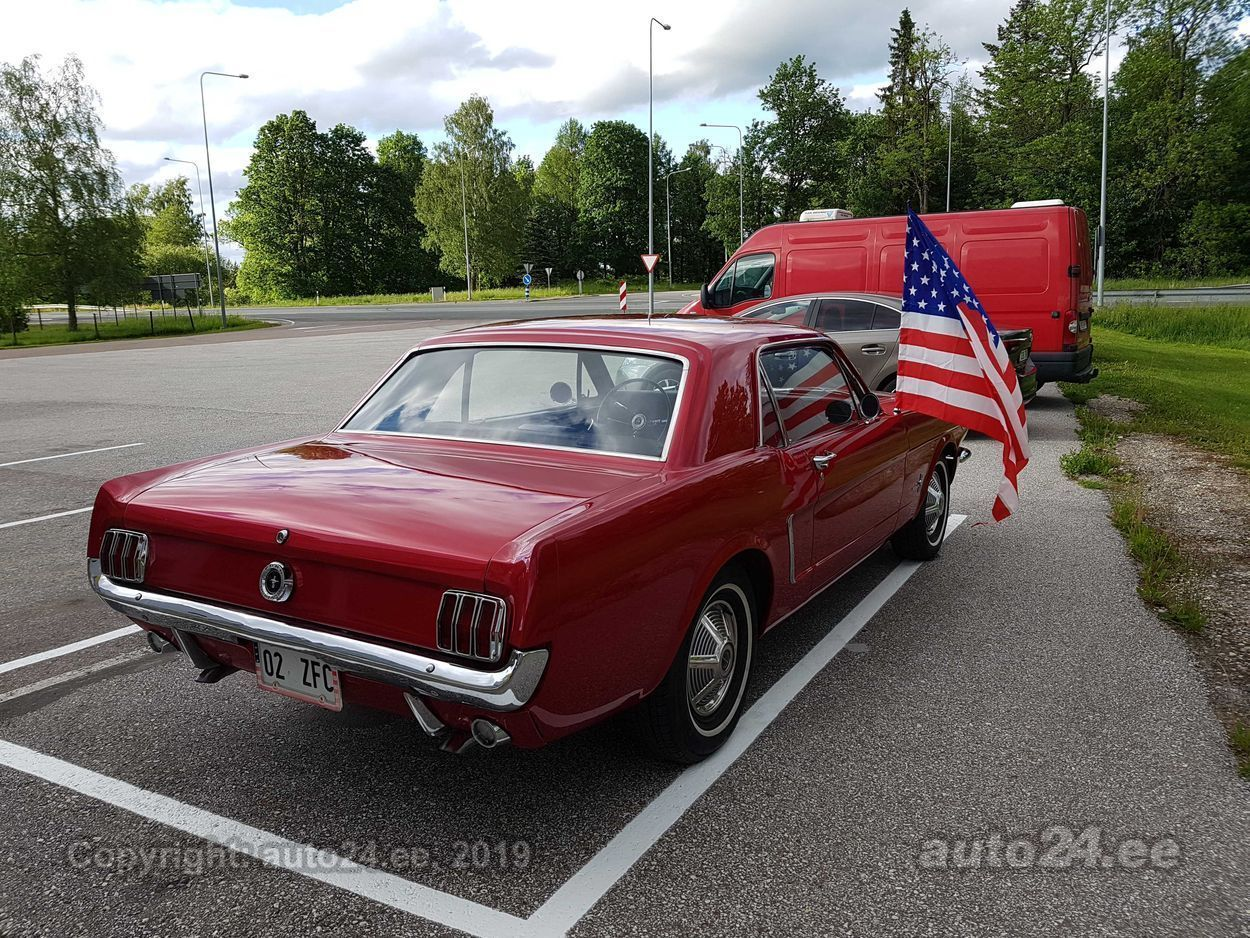 Ford Mustang 5.0 V8 170kW