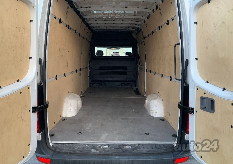 Volkswagen Crafter L4H2 LONG 2.0 TDI 101kW