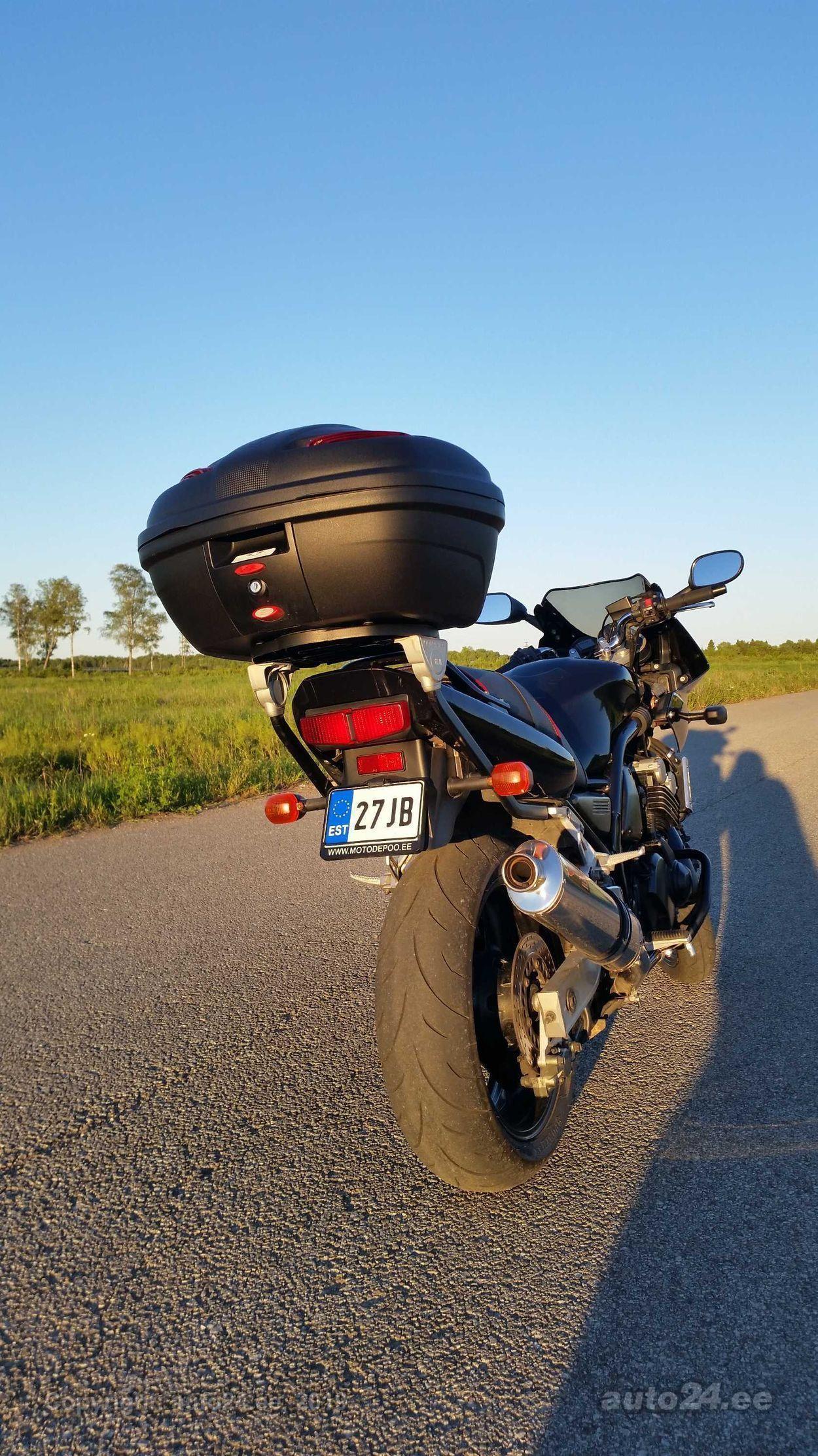 Yamaha FZS 600 Fazer 70kW