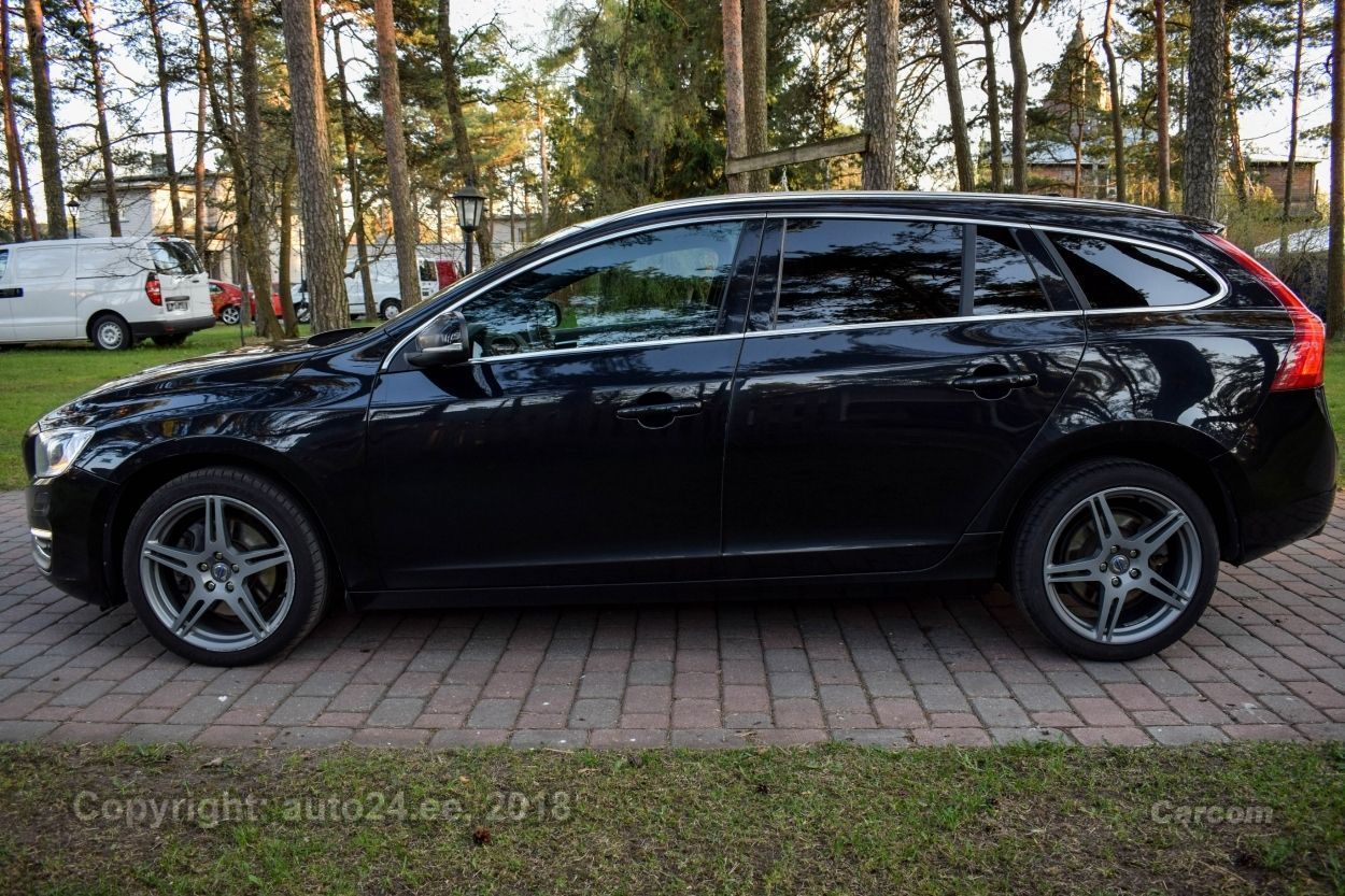 Volvo V60 SUMMUM AWD INTELLI SAFE PRO WINTER MY 2014 2.4 D5 158kW