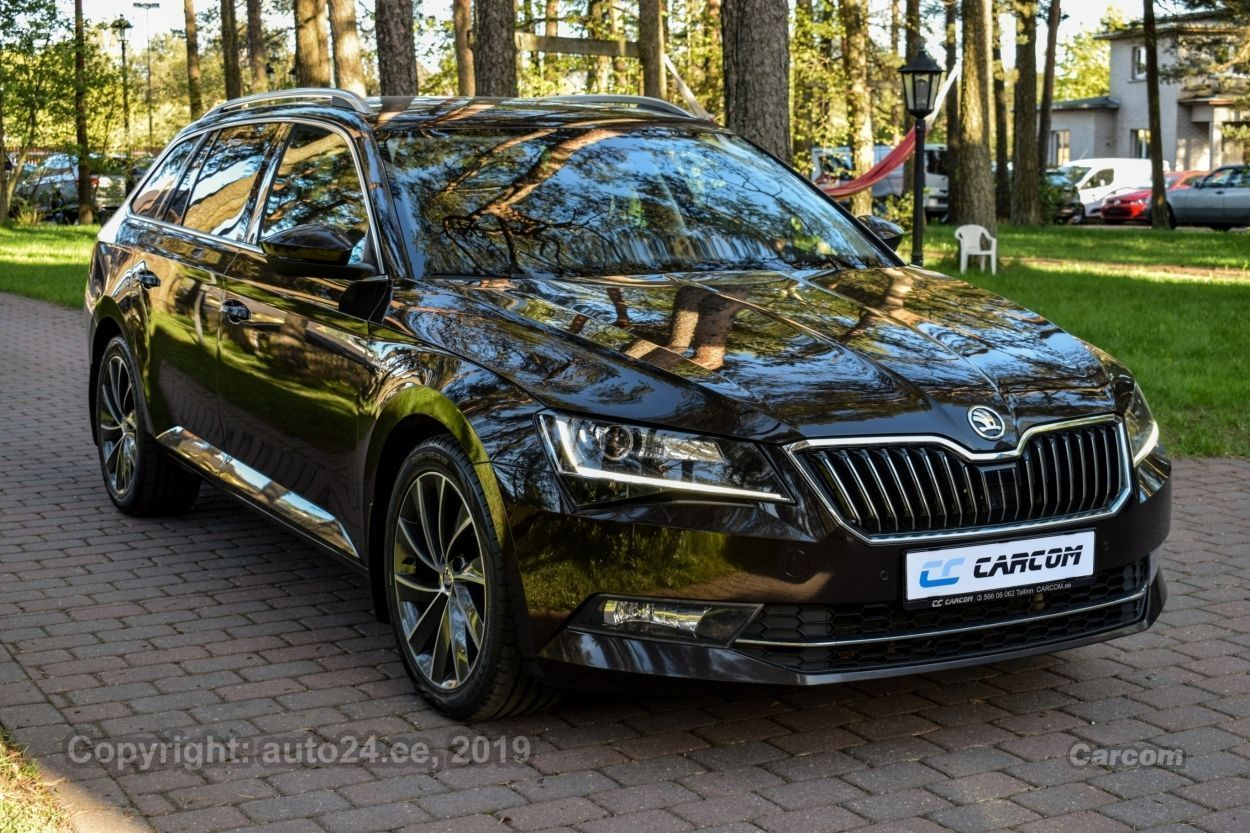 Skoda Superb 4X4 Laurin & Klement Kombi 2.0 TDI 140kW