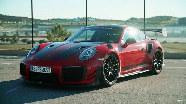 Porsche 911 GT2 RS MR. Kaader: Youtube