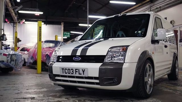 Ford Transit Connect RS. Kaader: Youtube
