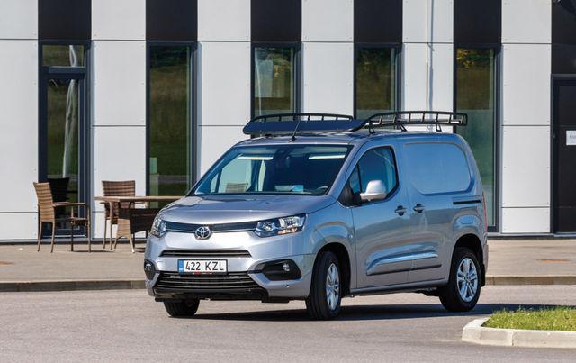 Proace Cityt saab kahes suuruses, prooviauto oli väiksem, 4,4 meetrit pikk versioon. Foto: Pille Russi