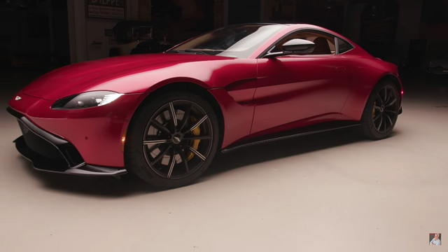Aston Martin Vantage. Kaader: Youtube