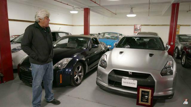 Jay Leno ja Nissani klassikalised mudelid. Kaader: Youtube