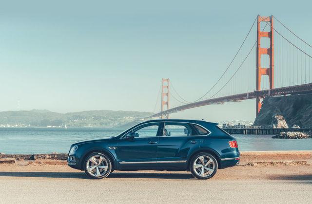 Bentley Bentayga Hybrid tuleb umbes 170 000eurose baashinna ja teoorias 3,5liitrise keskmise kütusekuluga. Foto: Bentley