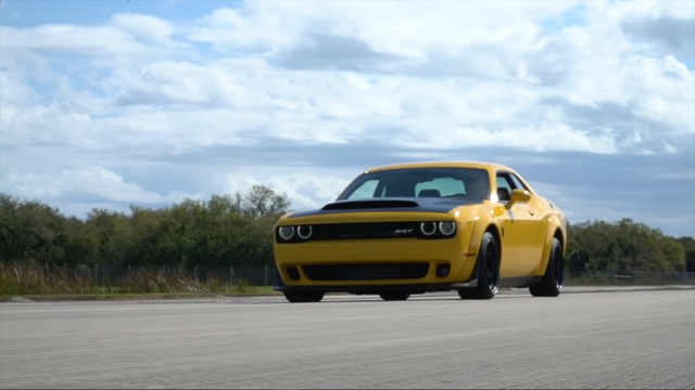 Dodge Chalennger SRT Demon. Kaader: Youtube