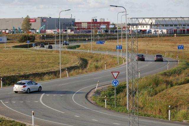 Liiklus maanteel. Foto: Maanteeamet