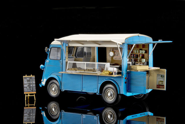 "Citroen HY Van ""Mobile Kitchen"" (1:24/25).  Foto: Ebbro"