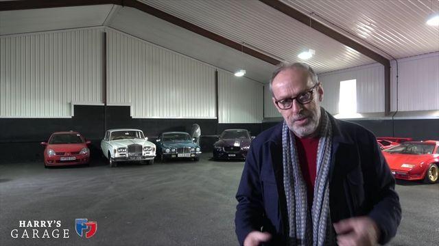Harry Metcalfe ja tema garaaž. Kaader: Youtube