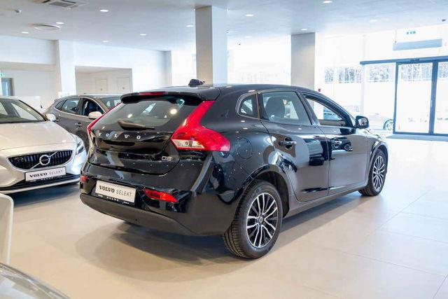 Eestis on V40 vähem levinud kui suuremad Volvod, enamik autosid on sisse toodud kasutatuna ja küllalt suure läbisõiduga. Foto: Pille Russi