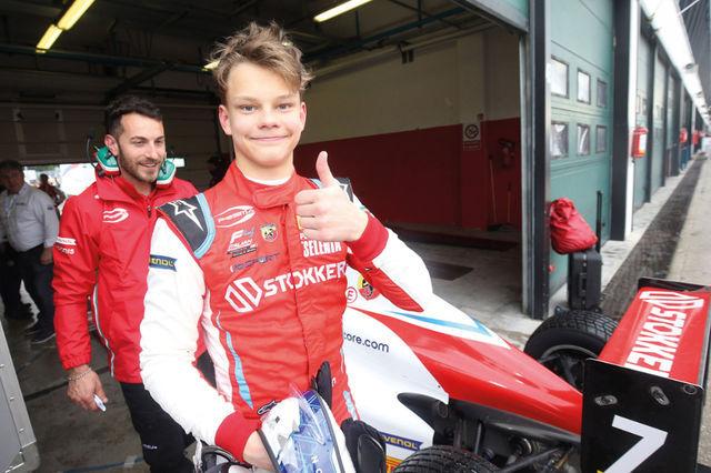 Debüüthooajal osales Paul Aron nii Saksamaa kui ka Itaalia F4-sarjas ja saavutas mõlemas kaks etapivõitu. Foto: ADAC, ACI