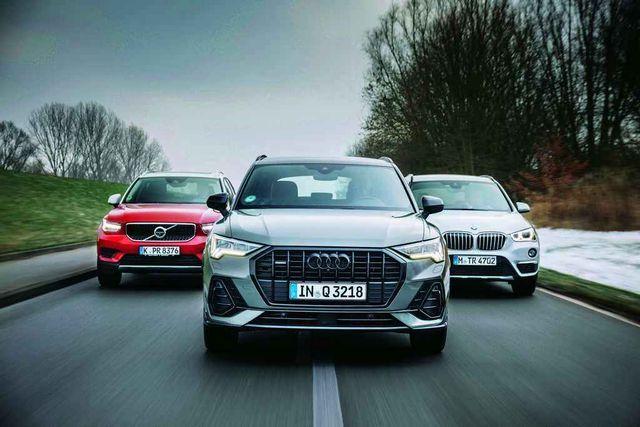 Audi Q3 on kompaktdžiipide seas uustulnuk, aga kasutab tuntud Tiguani tehnikat. 4,48meetrisena on see pisut pikem kui Volvo XC40 (4,43 m) ja BMW X1 (4,44 m). Foto: AutoBild