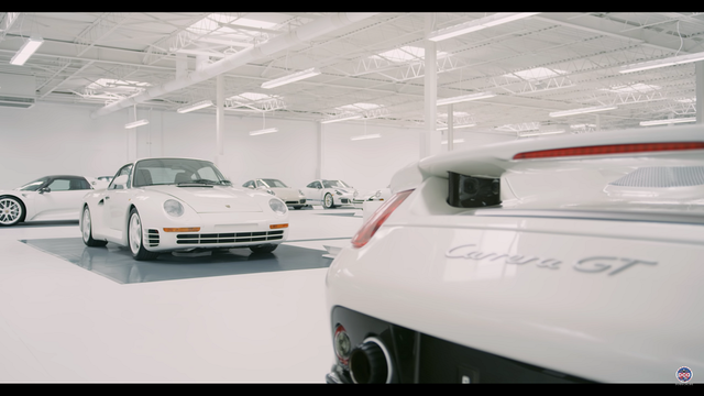 White Car Collection. Kaader: Youtube