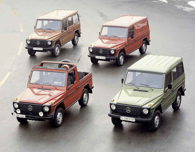 G-klass loodi sõitmiseks eriti rasketes tingimustes. Sel 1979. aasta fotol on neli keretüüpi viiest, võimsusvahemik jäi alguses 72 ja 150 hj vahele. Foto: Daimler