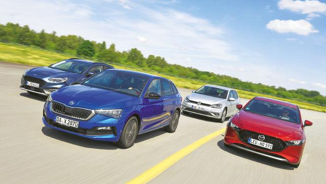 Kompaktautode kvartett: Ford, Škoda ja Mazda verivärsked, Volkswagen seevastu juba seitse aastat vana mudel. Foto: Auto Bild