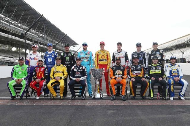 NASCAR Cup 16 finalisti. Foto: NASCAR/Brian Lawdermilk/Getty Images