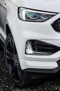 Ford Edge maastoauto